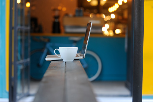Human Powered Vehicle「Modern coffee shop」:スマホ壁紙(5)