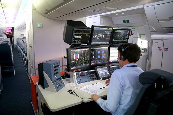 Passenger Cabin「Lufthansa And Airbus Present New A350 Passenger Plane」:写真・画像(18)[壁紙.com]
