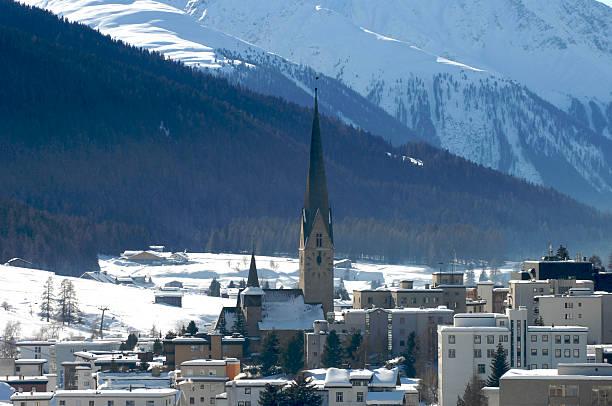 Davos town view:スマホ壁紙(壁紙.com)