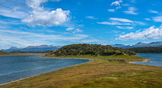 cloud「Clouds over tied island in Tierra del Fuego, Argentina」:スマホ壁紙(4)