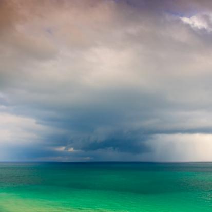 Miami Beach「Clouds over ocean」:スマホ壁紙(1)
