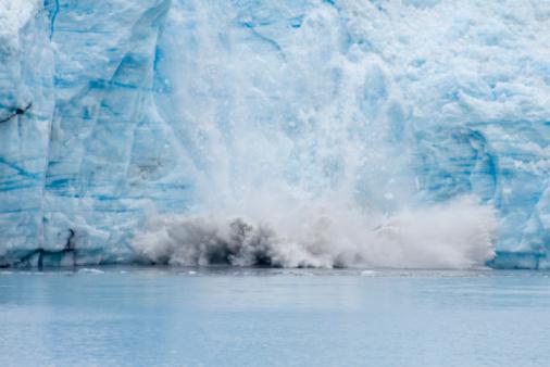 Icefall「Meares Glacier Calving」:スマホ壁紙(3)