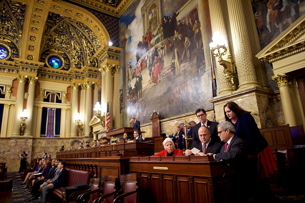 Pennsylvania「Electoral College Voters Cast Ballots Amid Protests」:写真・画像(16)[壁紙.com]