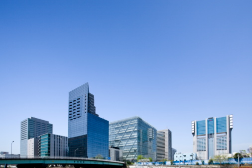 Low Angle View「High rise buildings under sky, copy space, Tokyo prefecture, Japan」:スマホ壁紙(4)