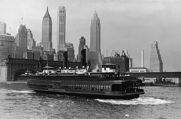 Behind「Ferry Boat At Battery Park Terminal」:写真・画像(15)[壁紙.com]