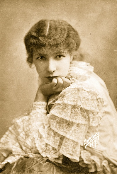 One Woman Only「Sarah Bernhardt」:写真・画像(12)[壁紙.com]