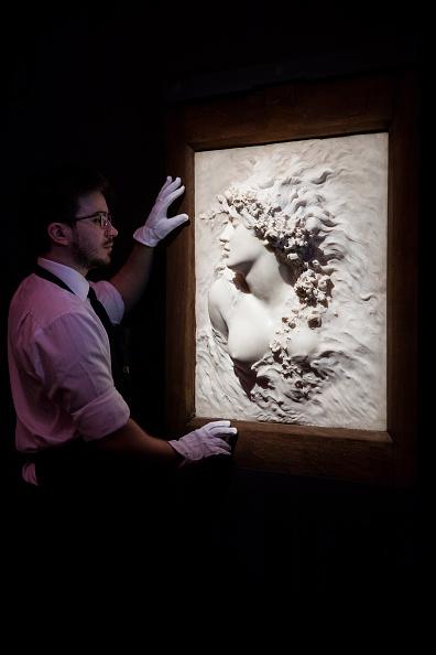 Sotheby's「Sotheby's Erotic: Passion & Desire Exhibition」:写真・画像(11)[壁紙.com]