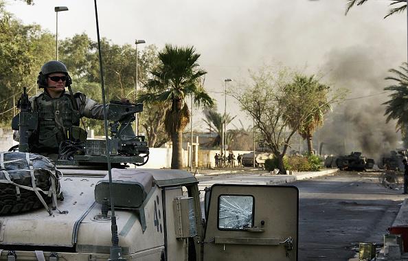 Baghdad「Baghdad Explosion Hits U.S. Military Convoy」:写真・画像(11)[壁紙.com]