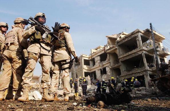Baghdad「Suicide Bombers Target Interior Ministry Building In Baghdad」:写真・画像(2)[壁紙.com]