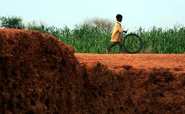 Surface Level「Niger Suffers Food Crisis」:写真・画像(1)[壁紙.com]