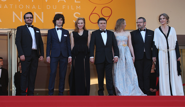 "Medium Group Of People「""Graduation (Bacalaureat)"" - Red Carpet Arrivals - The 69th Annual Cannes Film Festival」:写真・画像(8)[壁紙.com]"