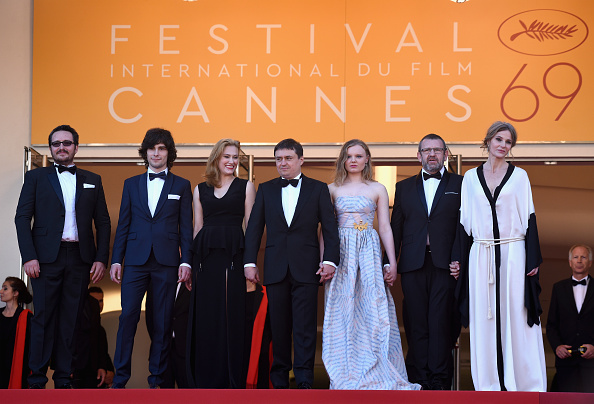 "Medium Group Of People「""Graduation (Bacalaureat)"" - Red Carpet Arrivals - The 69th Annual Cannes Film Festival」:写真・画像(9)[壁紙.com]"