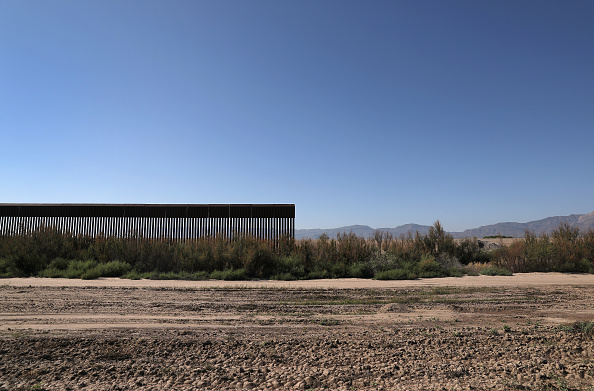 Farm「Immigration And Border Security Issues Loom Heavy In Upcoming U.S. Elections」:写真・画像(16)[壁紙.com]