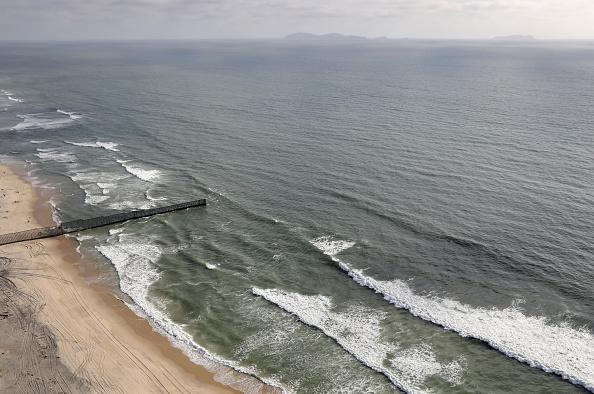 サンディエゴ「Aerial Views Of U.S. - Mexico Border」:写真・画像(12)[壁紙.com]