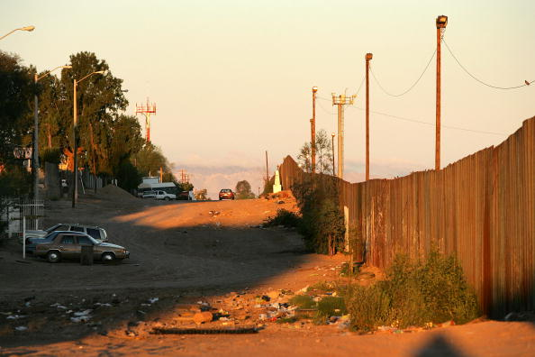 Security「Border Security Threatens Mexico-California Economic Ties」:写真・画像(15)[壁紙.com]