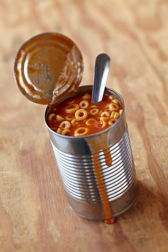 Tomato Sauce「Open can of Spaghetti O's with spoon on wood」:スマホ壁紙(16)