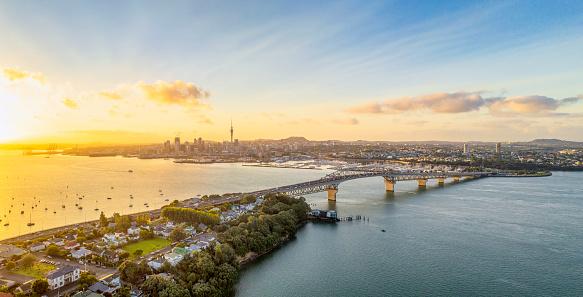 North Island New Zealand「Auckland panorama at sunrise」:スマホ壁紙(2)