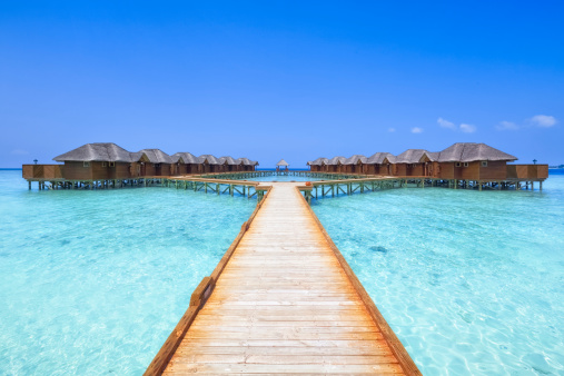 Maldives「Overwater Bungalows Boardwalk」:スマホ壁紙(11)