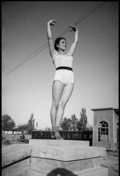 Max Penson「Gymnast Girl」:写真・画像(5)[壁紙.com]