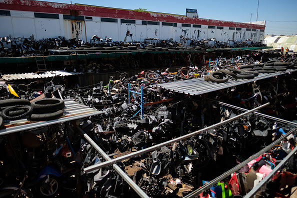 Finance and Economy「South Africa's Largest Motorcycle Breaker's Yard」:写真・画像(13)[壁紙.com]