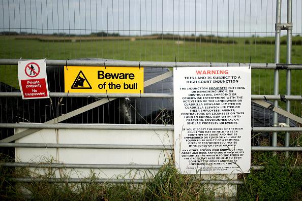 Shale「Demonstrators Protest At Lancashire Fracking Decision」:写真・画像(6)[壁紙.com]
