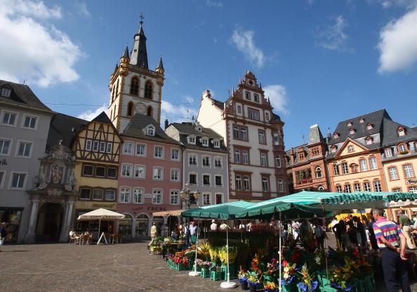 Trier「Around Trier」:写真・画像(8)[壁紙.com]