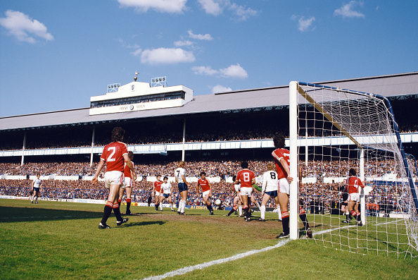 General View「White Hart Lane Spurs v Manchester United 1984」:写真・画像(3)[壁紙.com]