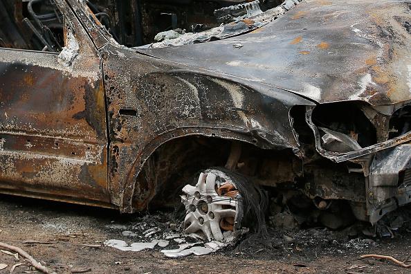 Burnt「Hundreds Of Victorian Homes Destroyed By Great Ocean Road Bushfire」:写真・画像(5)[壁紙.com]