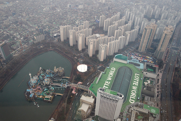 Seoul「Lotte World Tower Under Construction Previewed」:写真・画像(14)[壁紙.com]