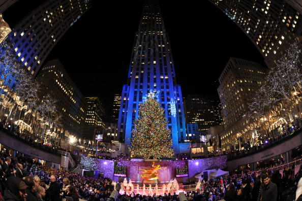 Bestof「2008 Christmas In Rockefeller Center Tree Lighting Ceremony」:写真・画像(15)[壁紙.com]