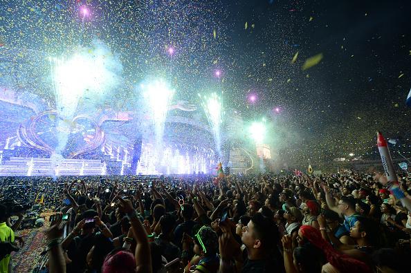 EDC「21st Annual Electric Daisy Carnival - Day 3」:写真・画像(12)[壁紙.com]