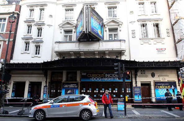 General View「The Roof Of The London Apollo Theatre Collapses During A Performance」:写真・画像(6)[壁紙.com]