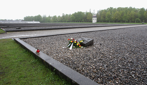 Dachau「Germany Commemorates Dachau Liberation 70th Anniversary」:写真・画像(19)[壁紙.com]