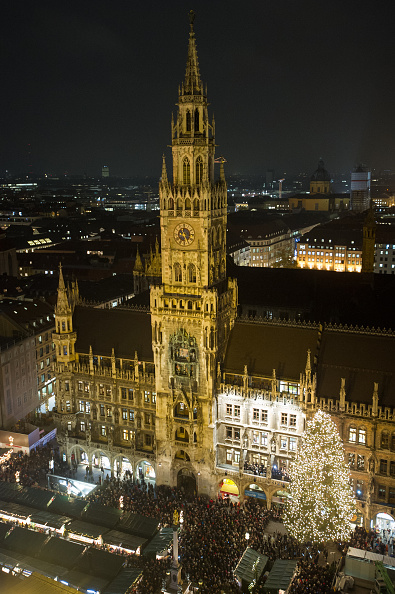 Town Square「Christmas Markets Open Across Germany」:写真・画像(14)[壁紙.com]