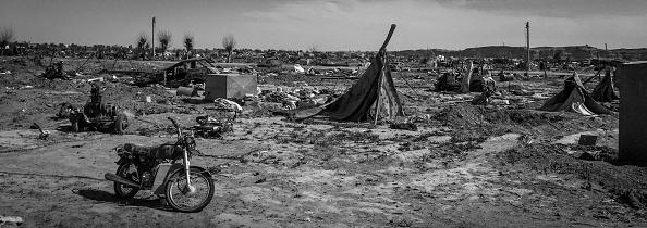 モノクロ「Ruined Landscape Tells Of Fierce Fight In Final ISIS Stronghold」:写真・画像(3)[壁紙.com]