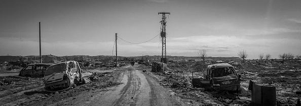 モノクロ「Ruined Landscape Tells Of Fierce Fight In Final ISIS Stronghold」:写真・画像(7)[壁紙.com]