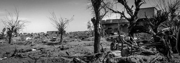 モノクロ「Ruined Landscape Tells Of Fierce Fight In Final ISIS Stronghold」:写真・画像(8)[壁紙.com]