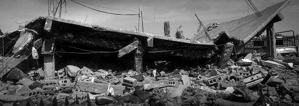 モノクロ「Ruined Landscape Tells Of Fierce Fight In Final ISIS Stronghold」:写真・画像(11)[壁紙.com]