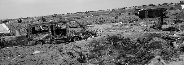 モノクロ「Ruined Landscape Tells Of Fierce Fight In Final ISIS Stronghold」:写真・画像(15)[壁紙.com]