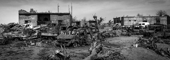 モノクロ「Ruined Landscape Tells Of Fierce Fight In Final ISIS Stronghold」:写真・画像(14)[壁紙.com]