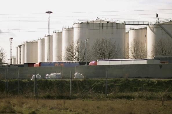 Silicon「Supermarket Fuel Contamination Scare Continues」:写真・画像(8)[壁紙.com]