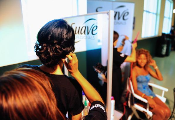 Suave「Suave Professionals se Une a Blanca Soto para los Premios Juventud」:写真・画像(1)[壁紙.com]