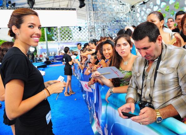 Suave「Suave Professionals se Une a Blanca Soto para los Premios Juventud」:写真・画像(14)[壁紙.com]
