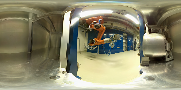 雲「Behind The Scenes At CERN The World's Largest Particle Physics Laboratory」:写真・画像(7)[壁紙.com]