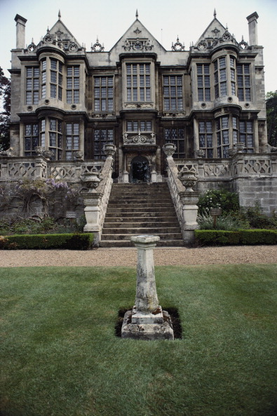 Elizabethan Style「The Hall」:写真・画像(2)[壁紙.com]