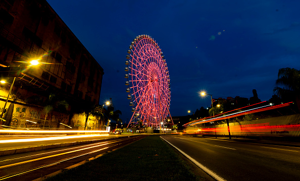"Amusement Park Ride「The Rio Star Ferris Wheel Illuminates In Orange For ""Orange December"" To Raise Skin Cancer Awareness Amidst the Coronavirus (COVID -19) Pandemic」:写真・画像(16)[壁紙.com]"