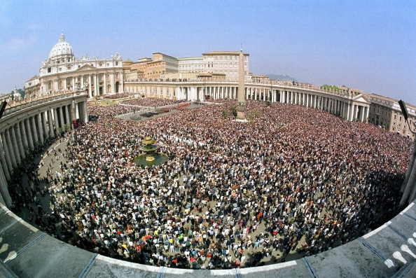 Religious Mass「Pope John Paul II Celebrates Easter」:写真・画像(4)[壁紙.com]
