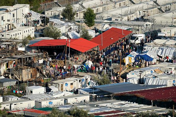 Refugee Camp「Overcrowding Continues At The Moria Refugee Camp」:写真・画像(9)[壁紙.com]