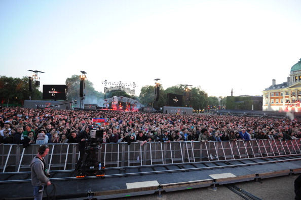 General View「Muse Perform At The World War Z World Premiere」:写真・画像(5)[壁紙.com]