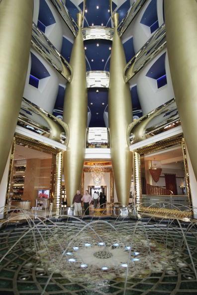 Lobby「Daily Life In Dubai」:写真・画像(6)[壁紙.com]